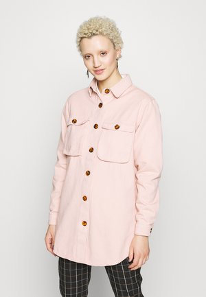 WITH TORTOISE SHELL BUTTONS - Skjorte - pink