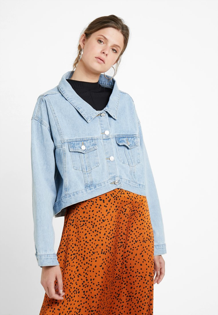 Missguided Tall HEM CROPPED JACKET - Giacca di jeans light stonewash