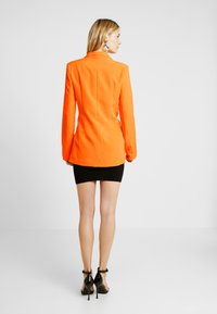 Missguided Tall - BUTTON DETAIL DOUBLE BREASTED - Sportovní sako - orange - 2