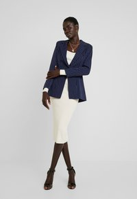 Missguided Tall - PINSTRIPE ONE BUTTON - Blazer - navy - 1