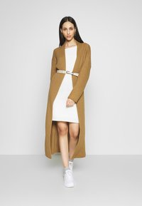 Missguided Tall - MAXI  - Vest - camel - 1