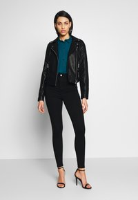 Missguided Tall - VICE HIGHWAISTED - Jeans Skinny Fit - black - 1