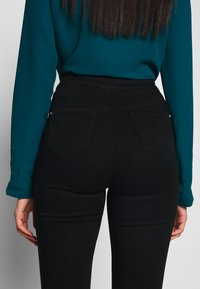 Missguided Tall - VICE HIGHWAISTED - Jeans Skinny Fit - black - 5