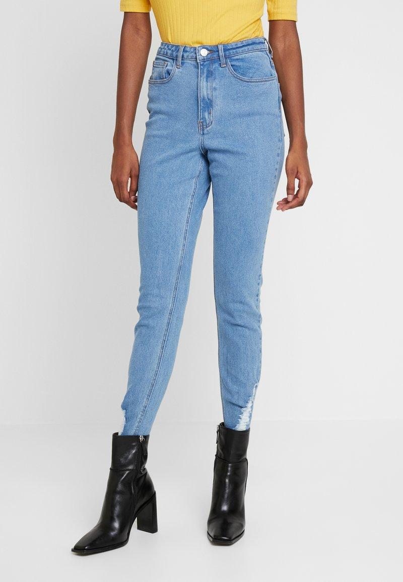 Missguided Tall - SINNER RIP HEM - Jeans Skinny Fit - light blue