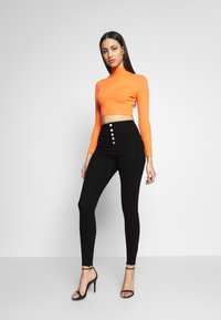 Missguided Tall - VICE BUTTON UP SKINNY  - Skinny džíny - black - 1