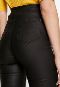 Missguided Tall - VICE COATED FRONT - Jeans Skinny - black - 3