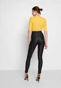 Missguided Tall - VICE COATED FRONT - Jeans Skinny - black - 2