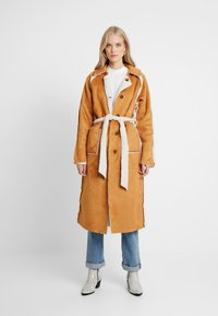 Missguided Tall - REVERSIBLE BELTED WITH DETAIL - Classic coat - brown - 1