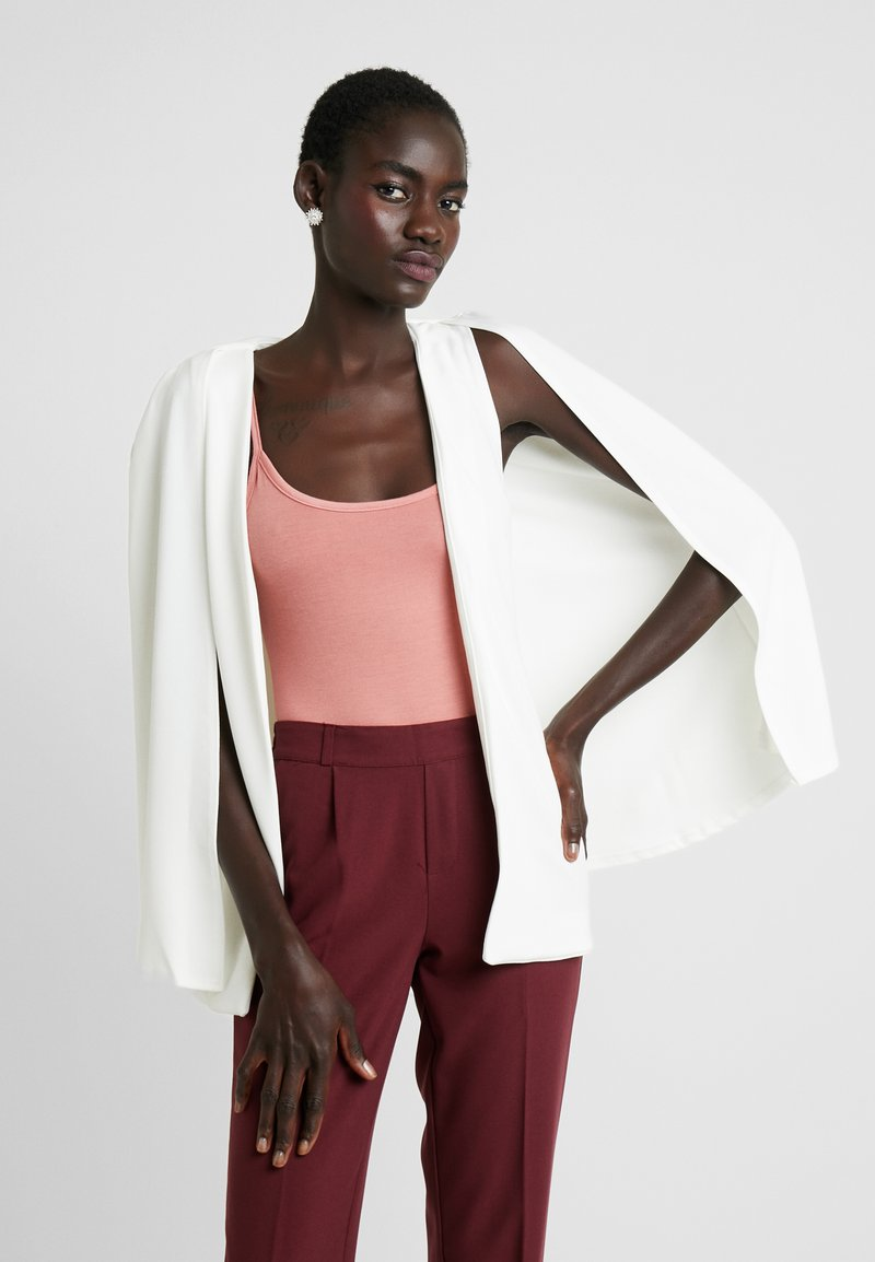 Missguided Tall - STRETCH CREPE - Cape - white