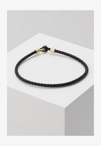 Miansai - NEXUS ROPE BRACELET - Armband - black/gold-coloured - 1