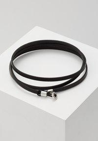 Miansai - NEXUS WRAP BRACELET - Armband - black - 0