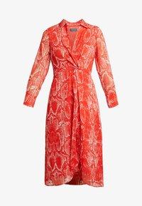 Mint Velvet - TORI TWIST DRESS - Hverdagskjoler - red - 4
