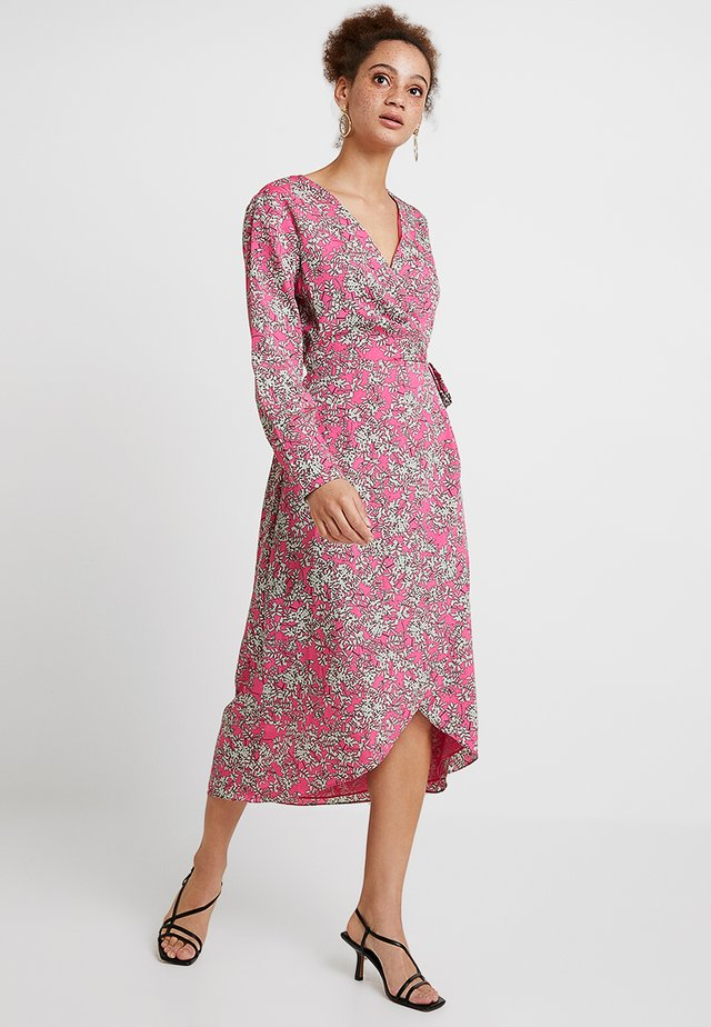 DAISY PRINT - Maxi dress - pink