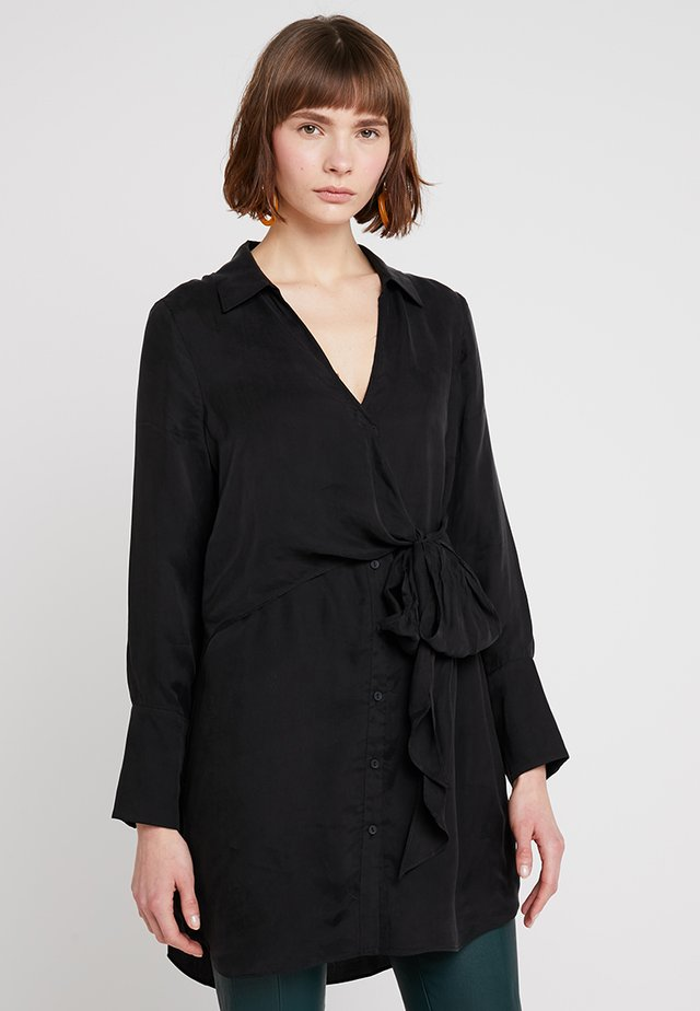 LONGLINE - Blouse - black
