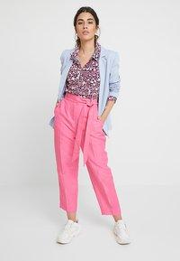 Mint Velvet - MULTI SCARLETT PRINT - Skjortebluser - pink - 1