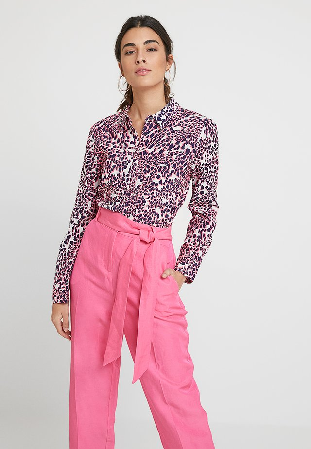MULTI SCARLETT PRINT - Button-down blouse - pink