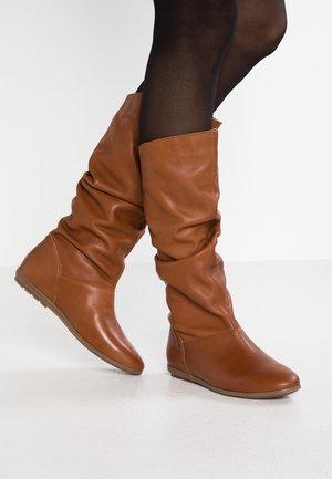 Boots - atena tabacco