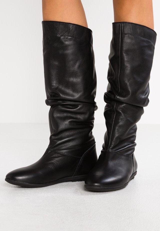 Høje støvler/ Støvler - atena