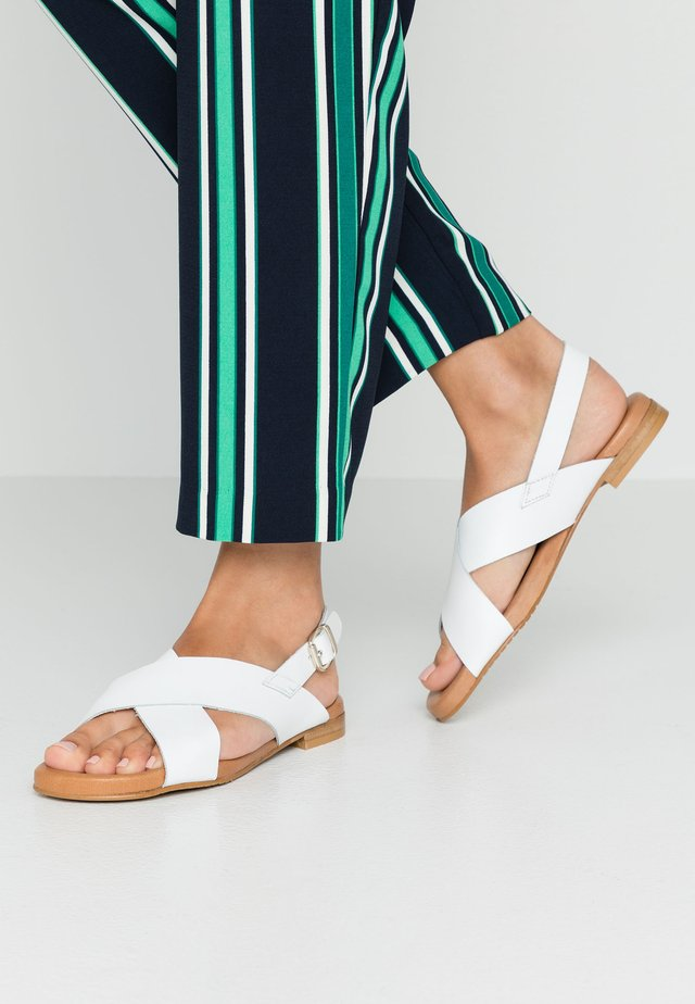 Sandály - blanco