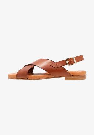 Sandály - brown