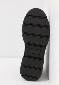 Mis Pepas - GRAF - Kotníková obuv - black - 6