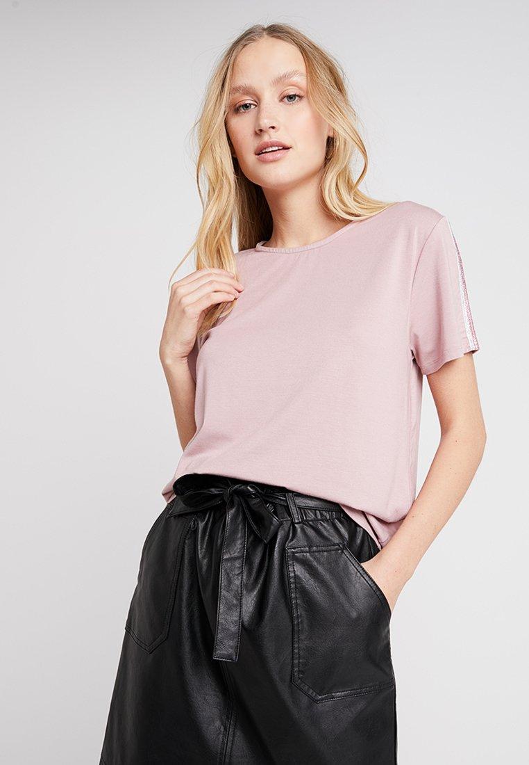 Miss Green - I FEEL FOR YOU - Camiseta estampada - rose