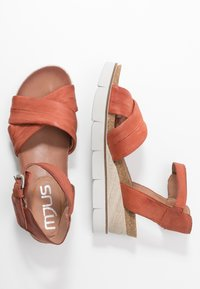 MJUS - Wedge sandals - cannella - 3