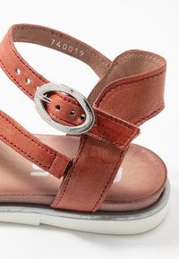 MJUS - Sandals - tomato - 2