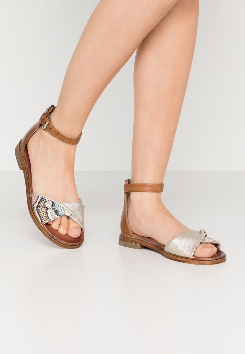 MJUS - Sandals - multicolor/panna sella