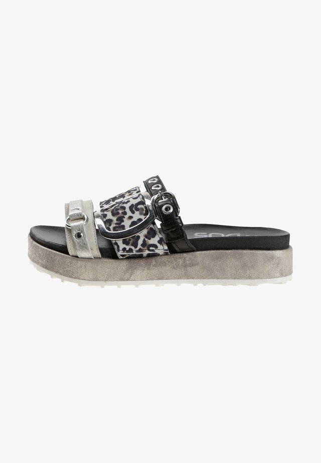 Slippers - grey, black