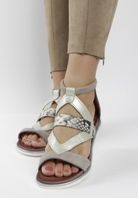 MJUS - Ankle cuff sandals - grey - 0