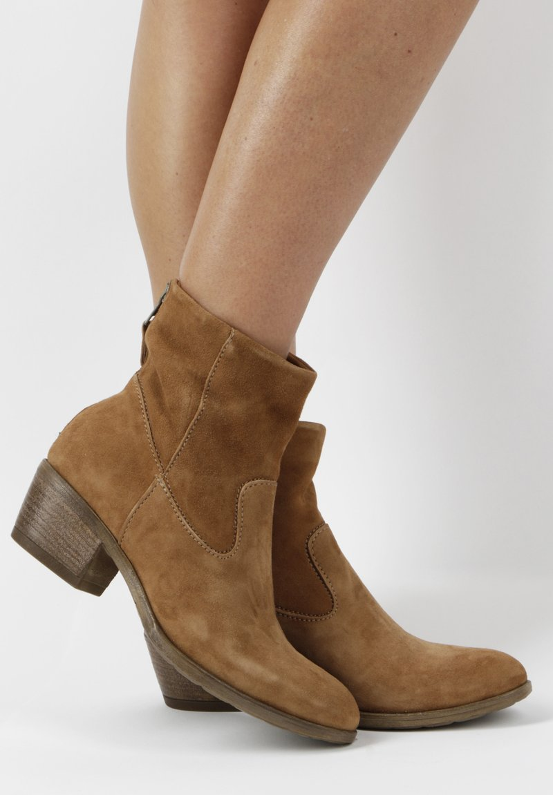MJUS - Ankle boots - brown
