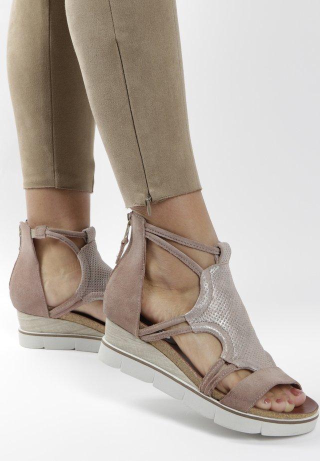 Wedge sandals - light pink