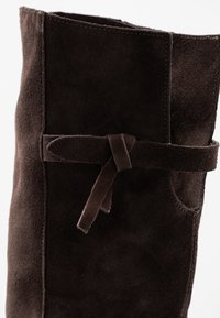 MJUS - Over-the-knee boots - mocca - 2