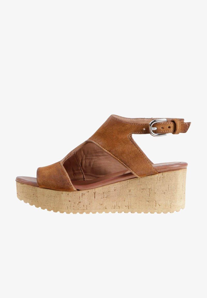 MJUS - Platform sandals - cognac