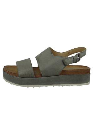 Platform sandals - medusa