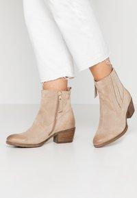 MJUS - Cowboy/biker ankle boot - opale - 0