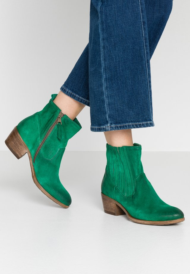 Cowboy/biker ankle boot - patrick