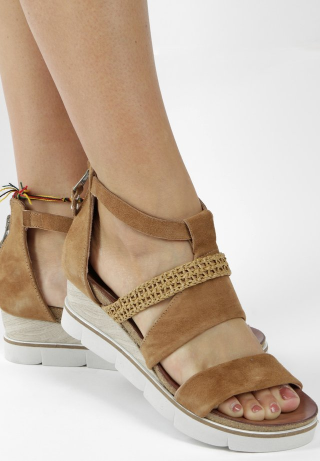 Wedges - brown