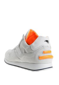 MJUS - Trainers - white - 3