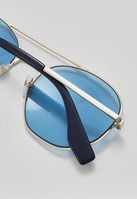 Marc Jacobs - Sluneční brýle - golden-coloured/blue - 3