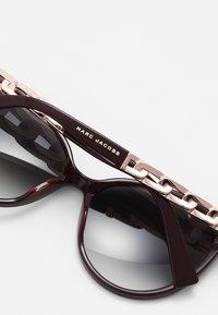 Marc Jacobs - Sunglasses - ople burg - 3