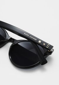 Marc Jacobs - Solbriller - black - 3