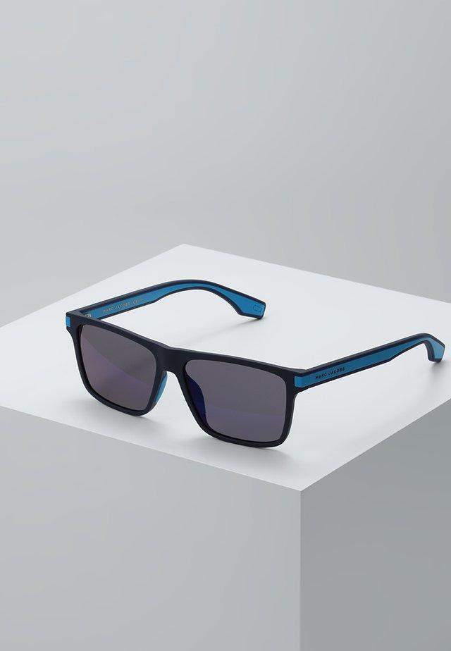 Solglasögon - matte blue