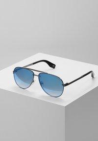 Marc Jacobs - Aurinkolasit - blue - 0