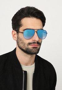 Marc Jacobs - Aurinkolasit - blue - 1