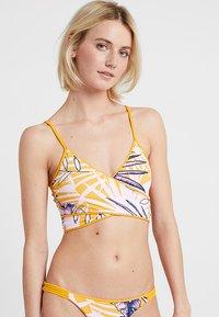 Maaji - FARRAH CROSS CROP WRAPEPD CAMI - Bikini top - yellow - 2