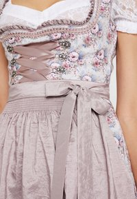 Marjo - FANCY - Dirndl - mauve - 5