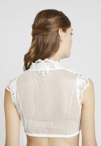 Marjo - NEDIVA ELVIRA - Bluser - off white - 2