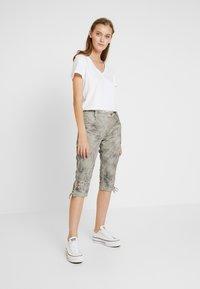 Marjo - REVITA - Shorts - stein - 1